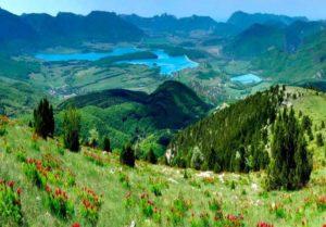 Байдарская долина - это царство водопадов, цветов и туманов