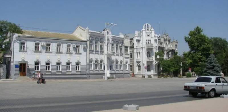 Это место является главной площадью Евпатории