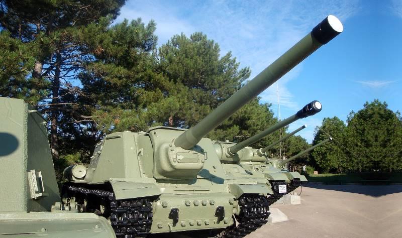 памятник воинами 51-ой роты;